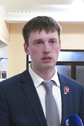 Александр Долматов уверен, что в Юнармию должны вступать добровольно.