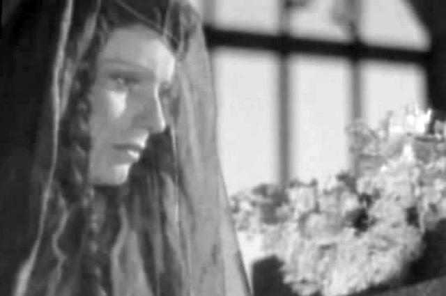 Жена Ивана Рыжова Нина Никольская в роли Нины Чавчавадзе в фильме «Лермонтов», 1943 г.