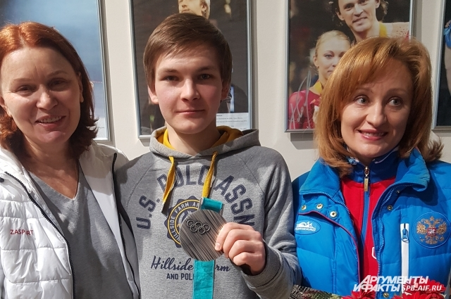 Михаил благодарен тренеру и хореографу за результат на Играх.