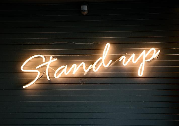 «Stand-Up: для мам, для дам и для мадам» в Caribbean Club