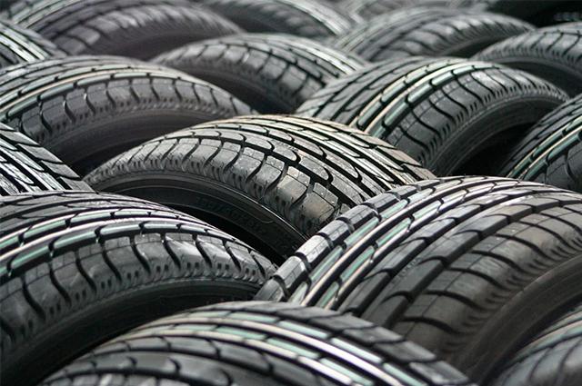 Чехлы для шин уберегут колеса от пыли, а также помогут сделать их хранение более эстетичным.