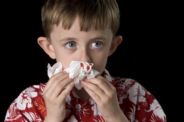 Когда выпил кровь из носа thumbnail