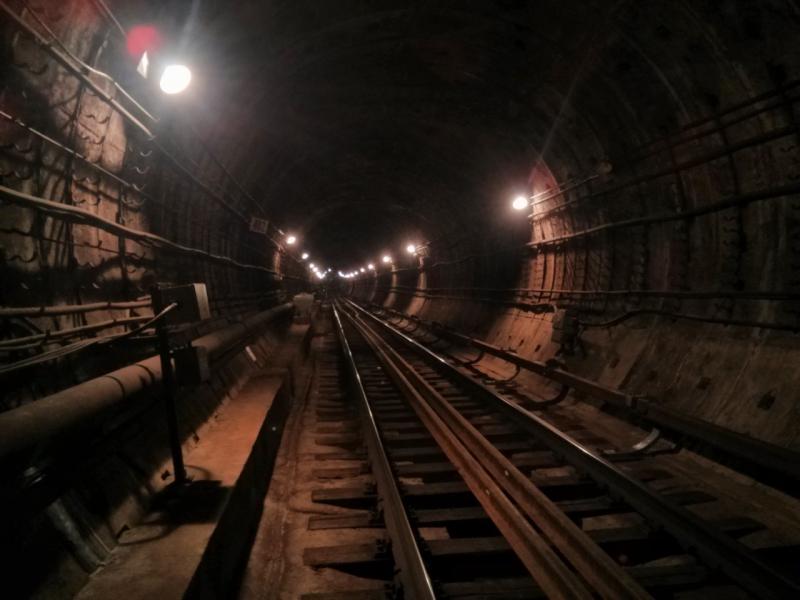 По тоннелям метро Алексей мог пройти полгорода за ночь.