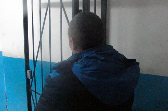 Злоумышленником оказался ранее неоднократно судимый 43-летний мужчина.