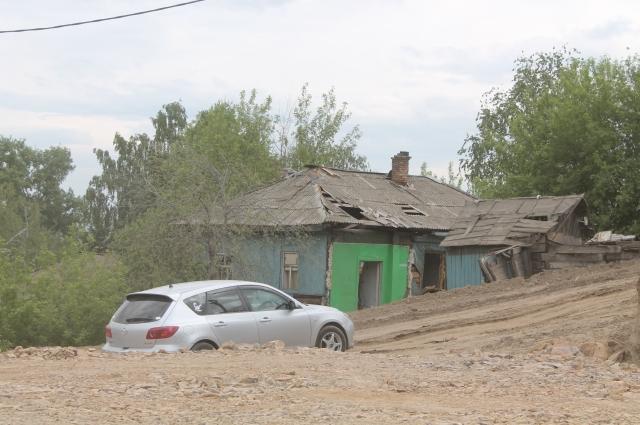 611 жилых домов планируется расселить при строительстве дороги по ул. Волочаевской.