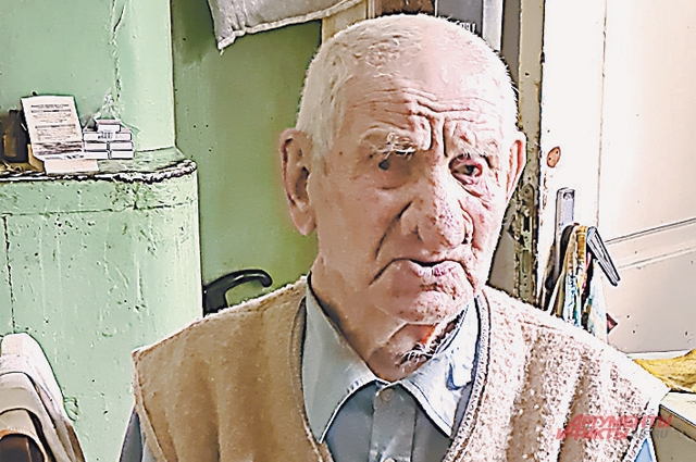 Старейший житель Печор 104-летний Василий Кивик.