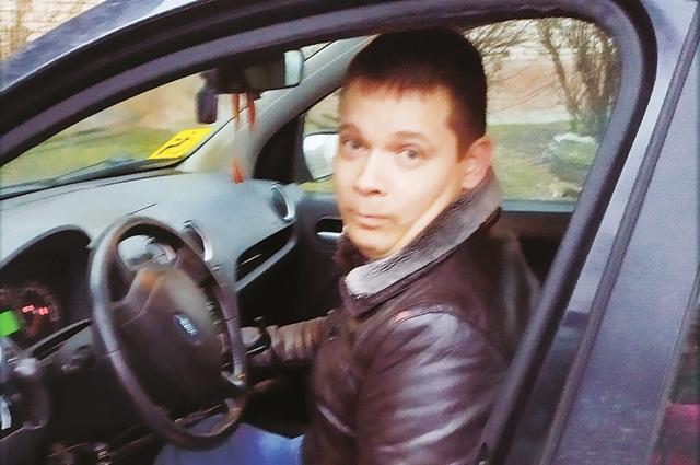 Предприниматель с ДЦП Дмитрий Пузырёв с нуля открыл своё дело.