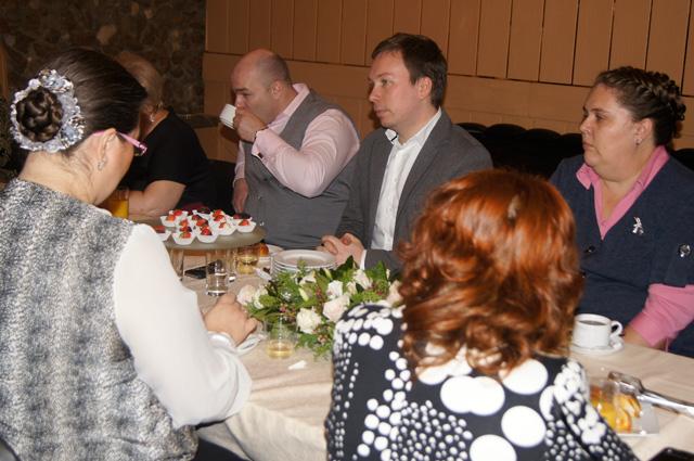 Владимир Филиппов обсуждает актуальные проблемы с мамами-активистками