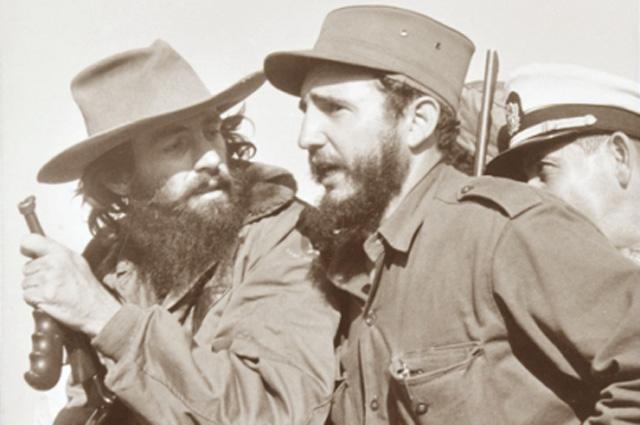 Фидель Кастро и Камило Сьенфуэгос. Гавана, 8 января 1959 года.