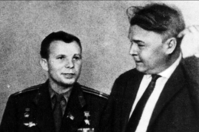 Встреча поэта Твардовского и Юрия Гагарина.