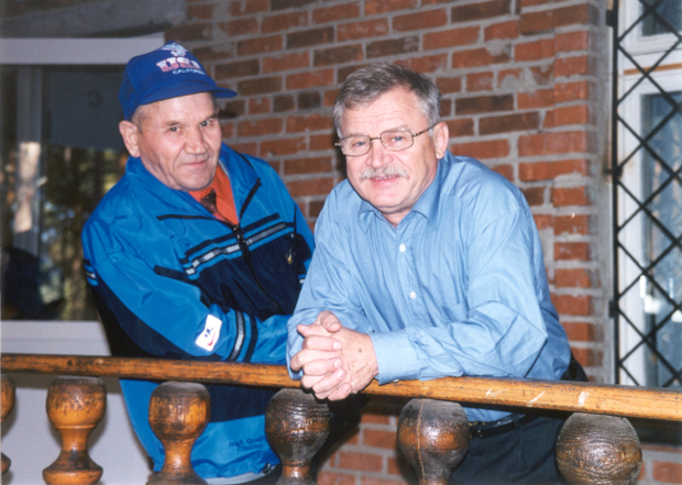 Сергей Никоненко и Борис Краснопёров на Урале, в селе Кундравы