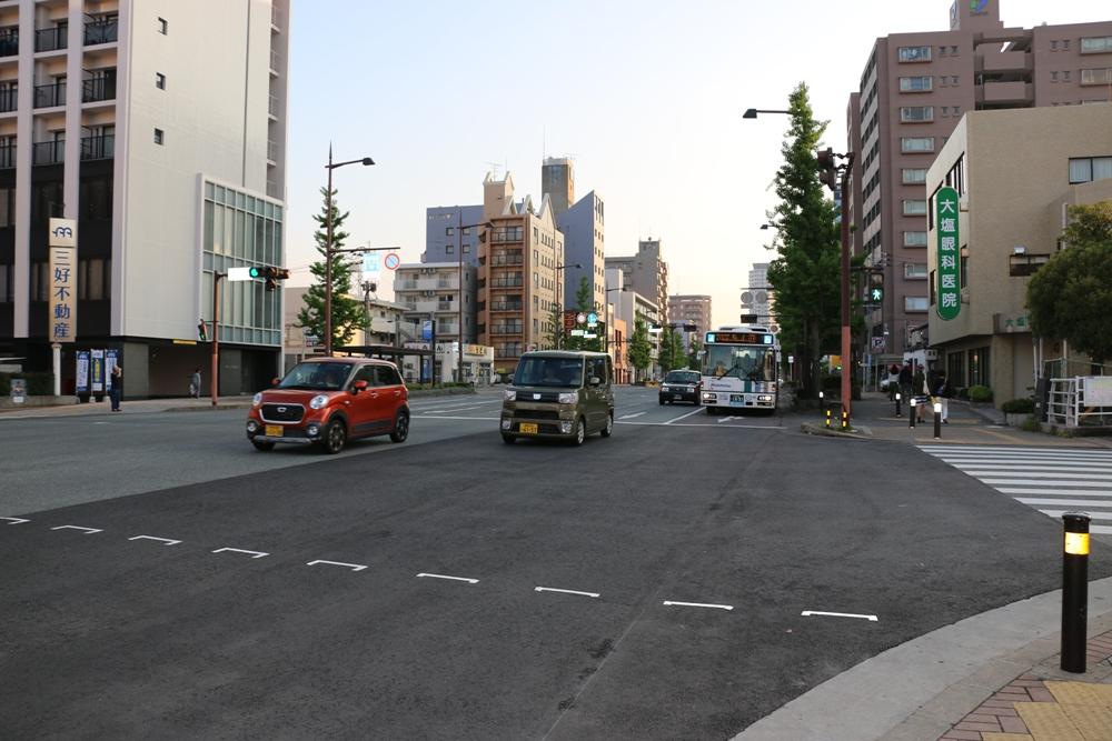 Машины в Японии компактные, но просторные внутри.