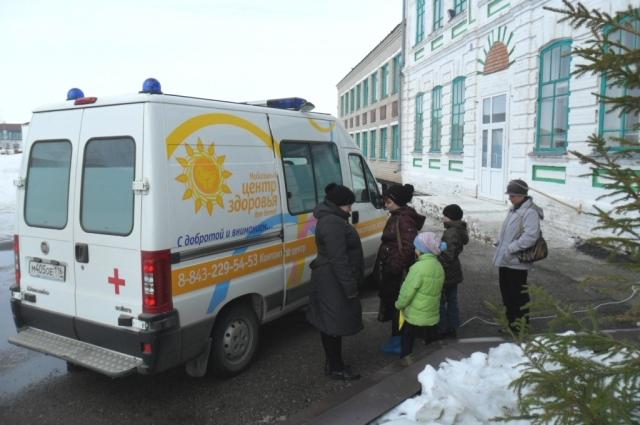 Мобильный центр здоровья ездит по селам Татарстана.