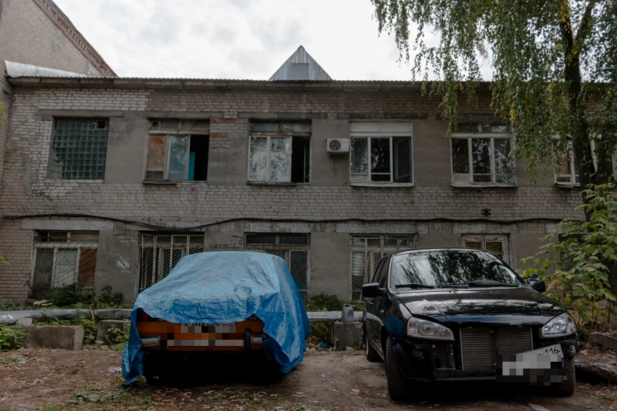 Общежитие на Технической, 39а жильцам приватизировать не дали.