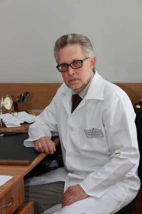 Юрий Иванов: «Ежегодно в осенний период мы прививаем от гриппа более 30 тысяч жителей города»