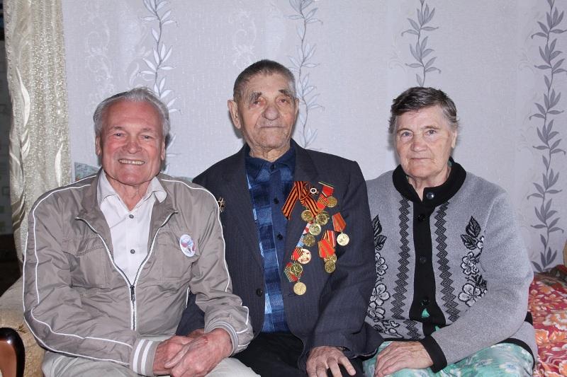 Сергей Ермаков и ветераны
