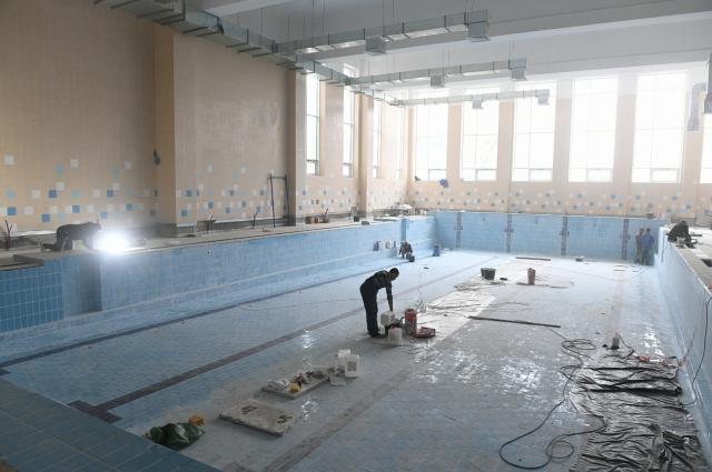 В строящейся школе будет бассейн.