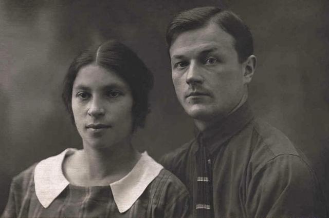 Агния и Павел Барто.