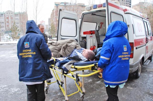 Зачастую врачи слышат оскорбления от тех, к кому приехали спасать жизнь.