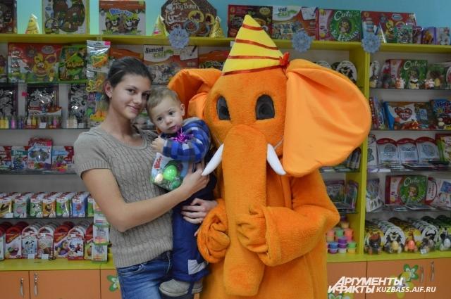 3 место в конкурсе от «Оранжевого слона» и «АиФ – Кузбасс» заняли Наталья Морозова с сыном.
