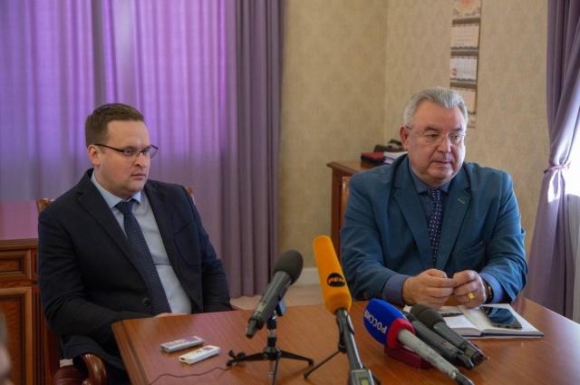 Представители власти Хакасии и энергетической компании дали совместную пресс-конференцию.