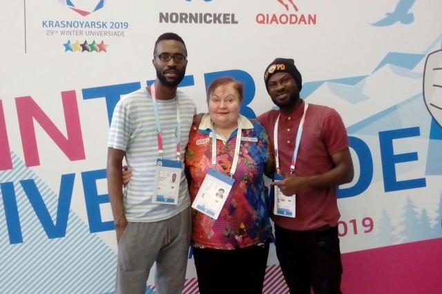 На Олимпиадах Людмила Каширина преподавала иностранные языки.