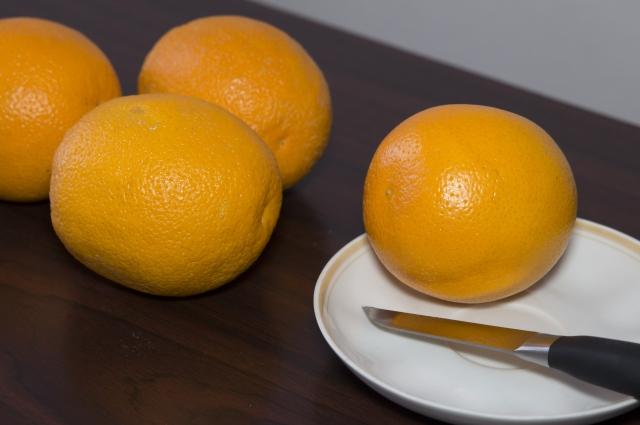 Апельсиновый сок и вкусный, и полезный.