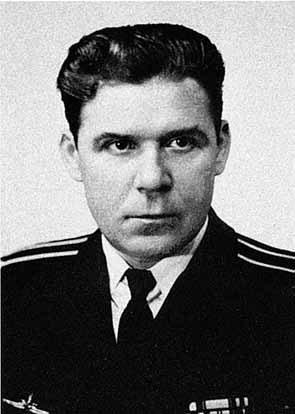 Капитан 2-го ранга Николай Затеев