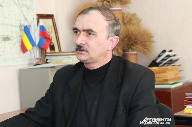 Анатолий Абрамов считает, что вина в появлении незаконной свалки лежит полностью на фермере.