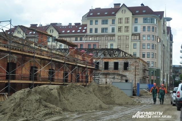 Работы в крепости ведутся ежедневно.