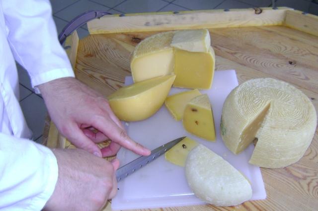 Андрея мечтает придумать рецепт неповторимого сыра.