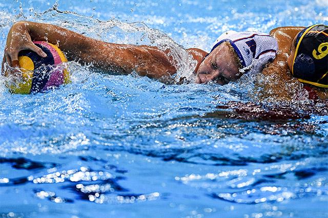 Анна Тимофеева и Худит Форка в матче между сборными России и Испании в Рио.