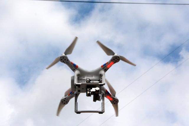 Сегодня квадрокоптеры с wi-fi камерой стоят не так уж дорого. Цены начинаются от 1 тысячи рублей