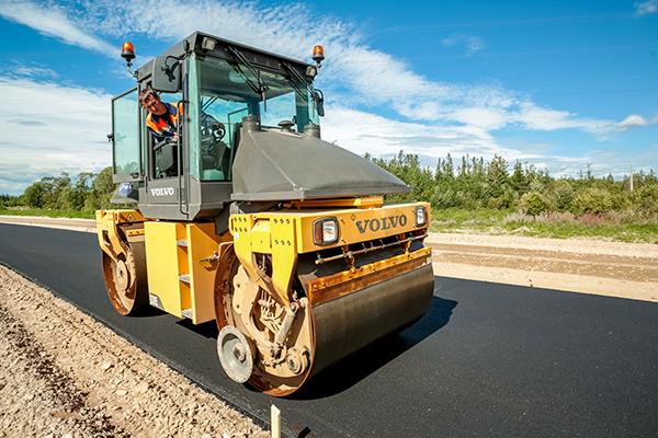 С современной дорожной техникой нужно быть «на ты».