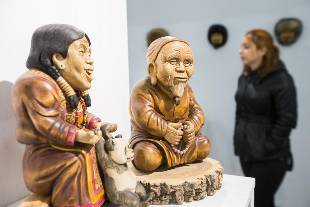 Выставка заинтересовала иностранных гостей