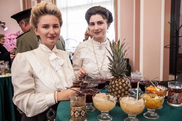 На экскурсии гостям предложили кухню с историей