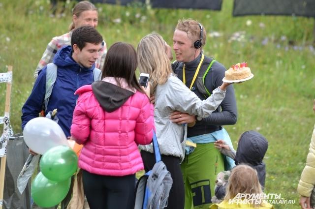 Свой день рождения бегун из Новосибирска встретил на дистанции 30 км.