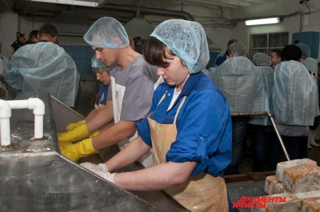 В Омске профсоюзы сотрудничают с властью и работодателями.