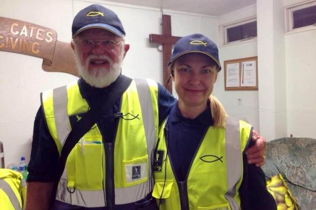 Лариса была волонтёром в Англии.