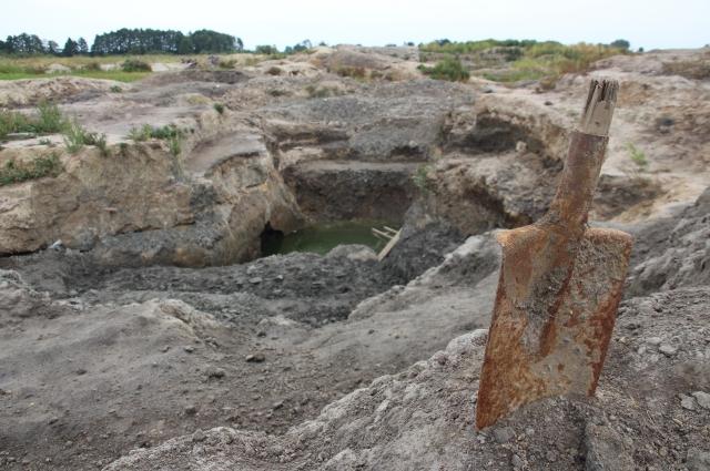 Нелегальный янтарный карьер под Сосновкой