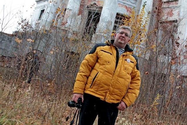 Денис Симонов пытается привлечь внимание к пензенским старинным усадьбам.