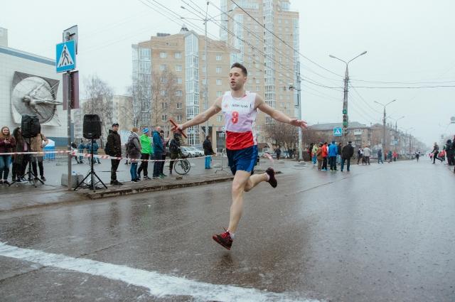 Иван Орешников к эстафете начинает готовиться за месяц.