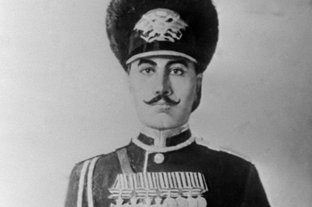 Старший унтер-офицер Приморского драгунского полка Семён Будённый. 1904 год