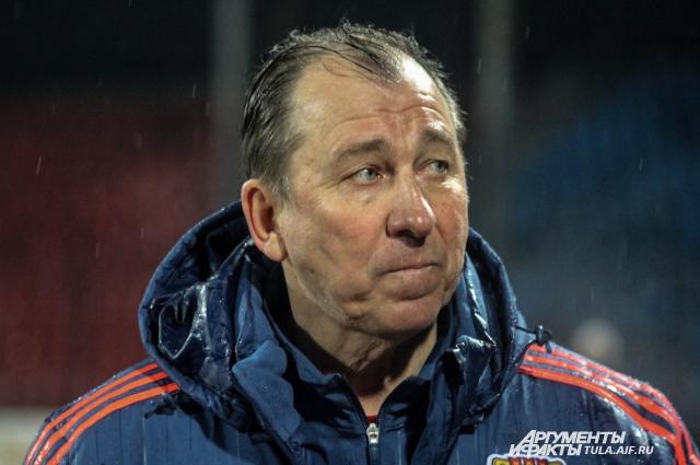 Сергей Павлов во время матча.