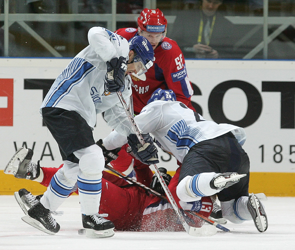 Чемпионат мира по хоккею-2007. Сборные России и Финляндии.