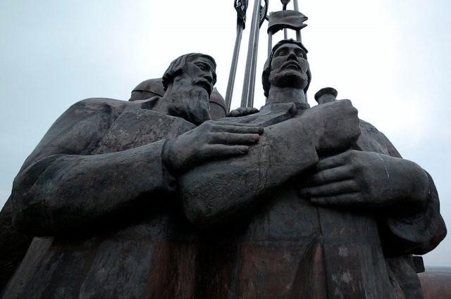 «Монумент «Ледовое побоище».