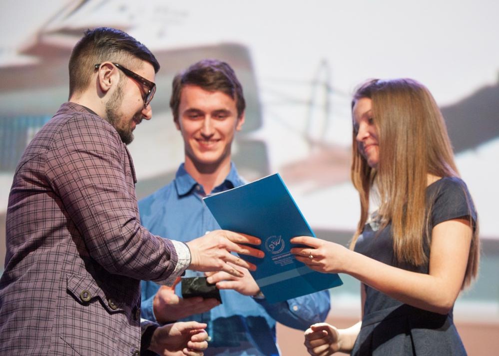 Победитель в номинации «Зрительские симпатии» Владимир Власенко