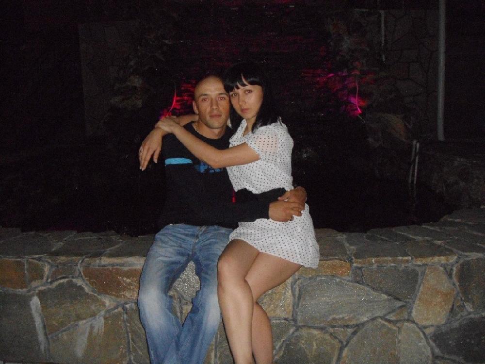 Раньше Марина и Евгений любили танцевать и прогуливаться вместе под звёздным небом.