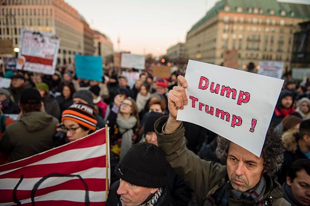 Протесты в США против Трампа кем-то хорошо оплачены?