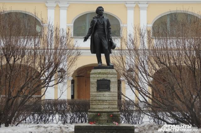 Пушкин участвовал как минимум в 29 дуэлях.